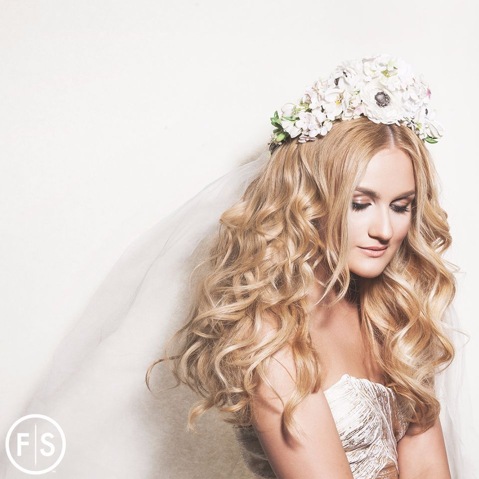 Wedding Hairstyles For Every Kind Of Bride Fantastic Sams - Hairstyle garden wedding